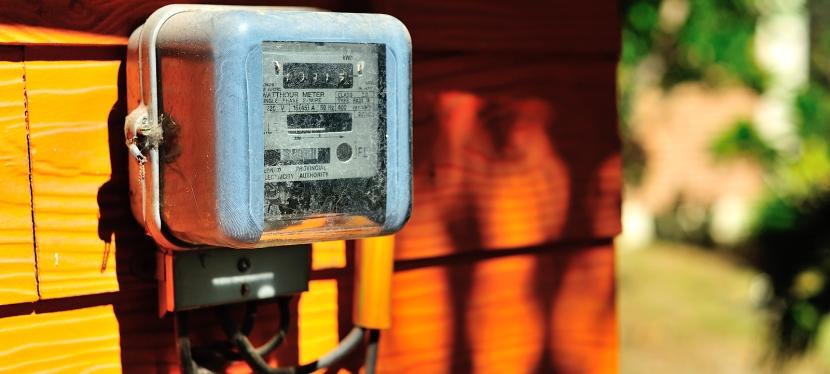 Analogue Meter Vs Smart Meters : Smart vs analog meters your health money amazing